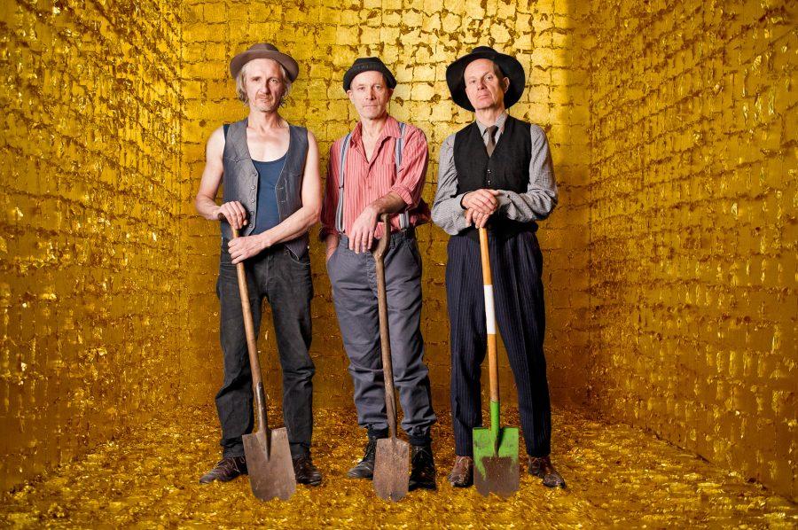 Supernova (Wie Gold ensteht); LICHTHOF Theater Hamburg; Regie: Meryn Stucken; Mit Ingo Mess, Erik Fiebiger, Jens Weisser